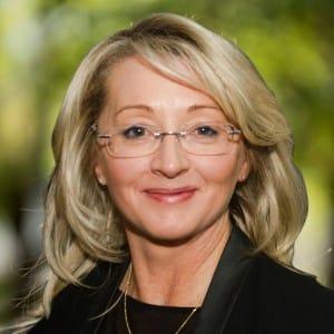 Property Agent Lisa Harris