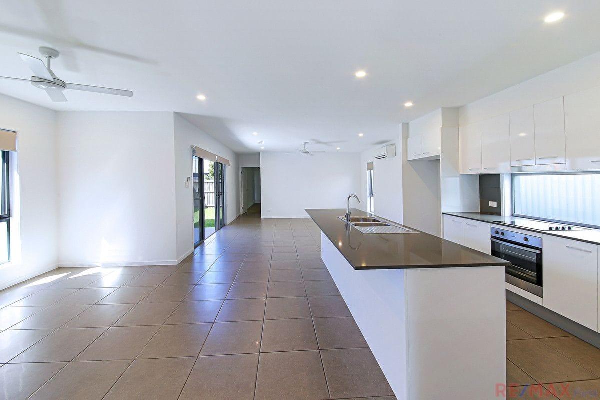 Property 48 Macintyre Crescent, Pelican Waters QLD 4551 IMAGE
