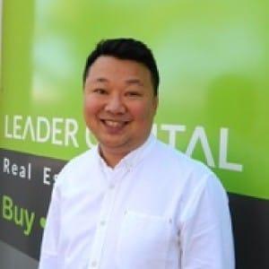 Property Agent Tony Yip