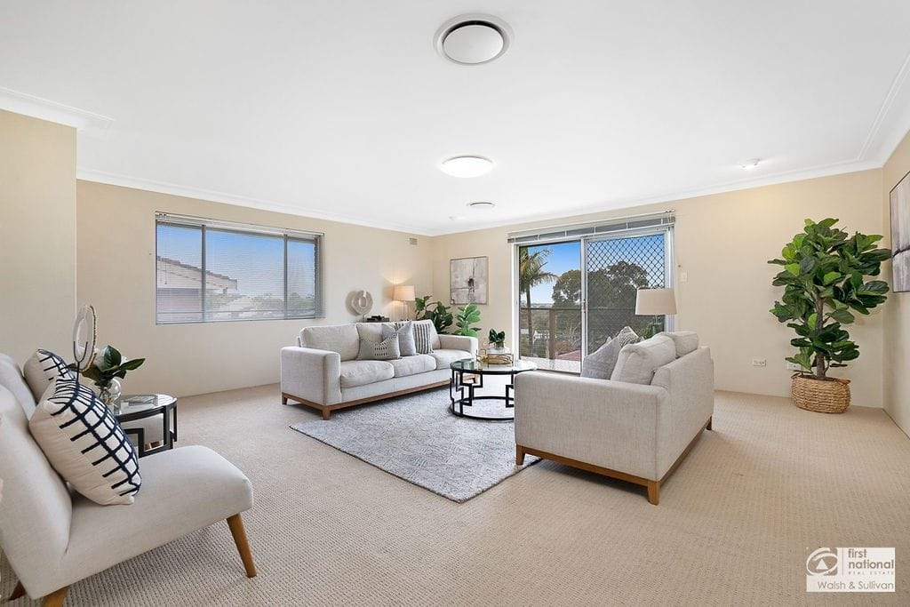 Property 39 Caithness Crescent, WINSTON HILLS NSW 2153 main IMAGE
