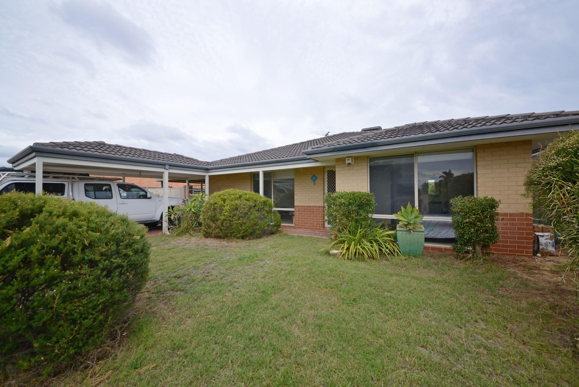 Property 21 Namoi Turn, Merriwa WA 6030 secondary IMAGE