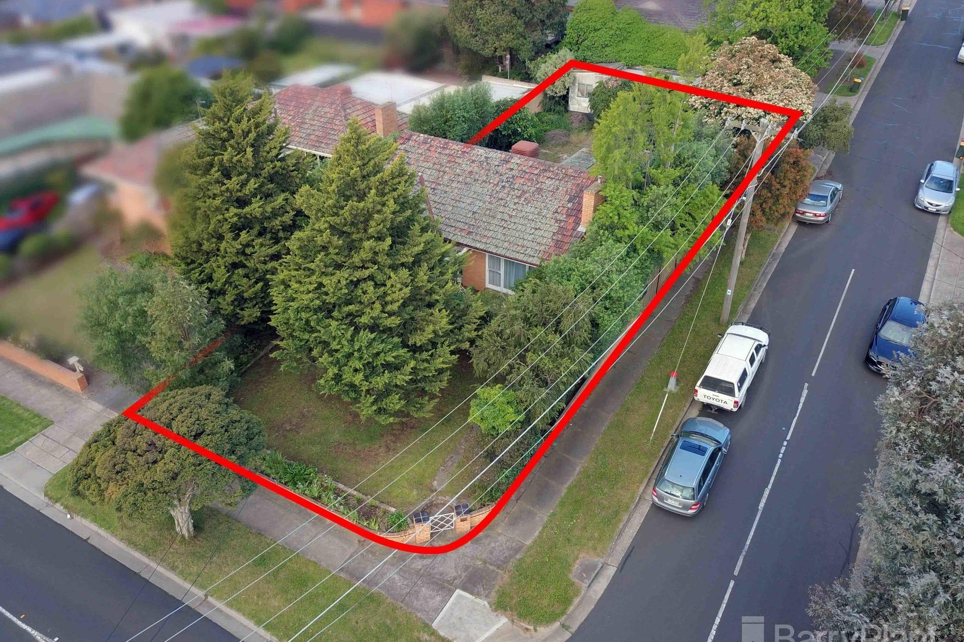 Property 2 Oak Street, Pascoe Vale VIC 3044 IMAGE