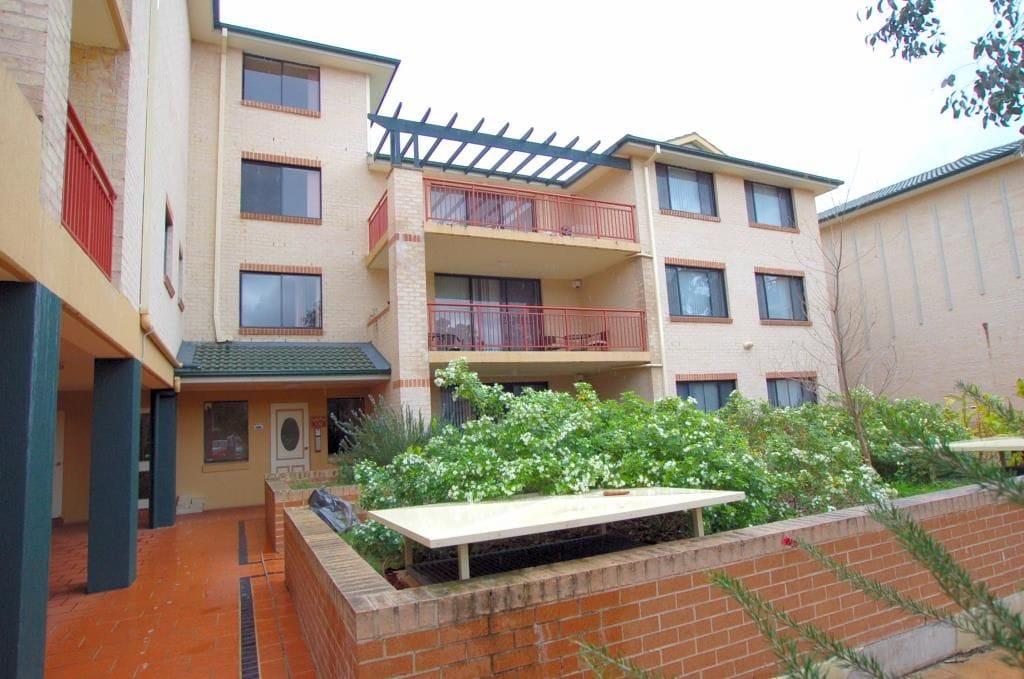 Property 9/2-4 Kane Street, Guildford NSW 2161 main IMAGE